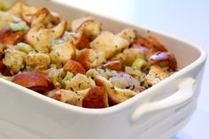 Savory Stuffing with Apples and Thyme Stuffing, Apples, Potato Salad, Cooking, Ethnic Recipes, Food, Kitchen, Essen, Meals