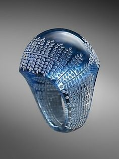 Glass ring, by René-Jules Lalique, circa 1931.