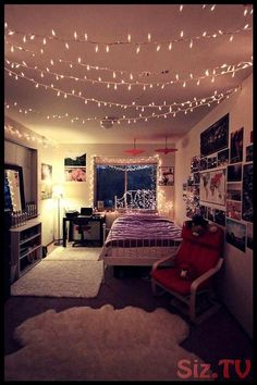 Best images, photos and pictures gallery about hipster bedroom -hipster room ide. Best images, photos and pictures gallery about hipster bedroom -h. Big Bedrooms, Teenage Girl Bedrooms, Girls Bedroom, Rooms Home Decor, Bedroom Decor, Bedroom Ideas, Bedroom Inspiration, Cozy Bedroom, Bedroom Lighting