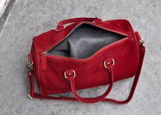 Red kidskin bag from Les Composantes.