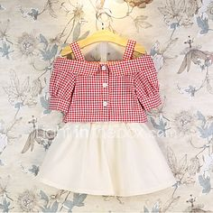 Baby Girls outfit Children Clothing Set Red Plaid Short Sleeve T-shirt+Skirt Boutique Kids Clothes Toddler Skirt, Toddler Outfits, Toddler Costumes, Plaid Outfits, Skirt Outfits, Frocks For Girls, Girls Dresses, Cheap Girls Clothes, Casual Clothes