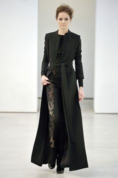See the complete L'Wren Scott Fall 2008 Ready-to-Wear collection.