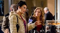 """Funniest, most appropriate """"meet cute"""" for friends ever! :) #RizzoliandIsles"""