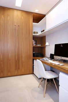 Modern Home Office Design Ideas. Therefore, the need for home offices.Whether you are planning on including a home office or remodeling an old space right into one, here are some brilliant home office design ideas to aid you get going. Small Office Furniture, Modern Office Decor, Office Interior Design, Furniture Layout, Office Interiors, Office Designs, Furniture Ideas, Lobby Interior, Contemporary Office