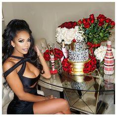 ♡ On Pinterest @ kitkatlovekesha ♡ ♡ Pin: Photography ~ Flowers, Cake, & Champagne Birthday Table ♡