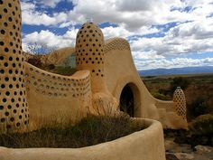 Visitor's center for Earthship Community in Taos New Mexico by AIDG, via Flickr