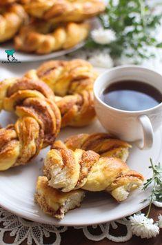 Wianuszki cynamonowe French Toast, Meat, Cooking, Breakfast, Food, Kitchen, Morning Coffee, Eten, Meals