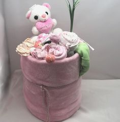 Οικονομικό δώρο από πάνες και με λουλούδια από μωρουδιακά Children, Cake, Young Children, Boys, Kids, Kuchen, Torte, Cookies, Cheeseburger Paradise Pie