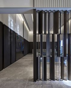 Life Experience Center by GFD - InteriorZine Partition Screen, Divider Screen, Partition Design, Facade Design, Glass Wall Design, Feature Wall Design, Plafond Design, Experience Center, Divider Design