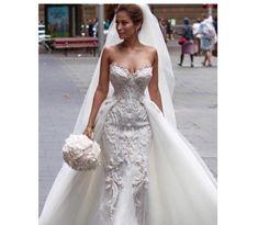 Steven Khalil Steven Khalil couture Pre-Owned Wedding Dress | Still White