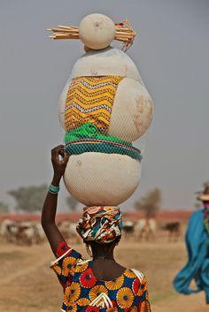 Balancing Act. Mali/République du Mali. West Africa.