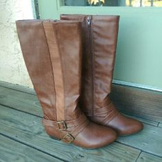 NWOT Cute Brown Boots Never worn. Make me an offer (: Arizona Jean Company Shoes Winter & Rain Boots