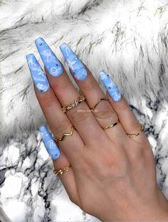 Nails Discover Fake Nails Matt Cloud Effect by Kira B Press on nails False Nails Glue On Nails Acrylic Nails Blue Acrylic Nails, Summer Acrylic Nails, Acrylic Nail Designs, Spring Nails, Summer Nails, Glue On Nails, Gel Nails, Nails Kylie Jenner, Louis Vuitton Nails