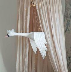 Swan Mobile -White | OOIEVAARS & VOGELS | Deugniet en Co