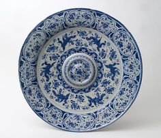 delft decorative plate...lovely....