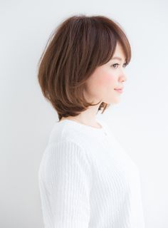 Medium Short Hair, Medium Hair Cuts, Short Hair Cuts, Medium Hair Styles, Korean Hairstyles Women, Bob Hairstyles, Japanese Short Hair, Corte Bob, Shot Hair Styles