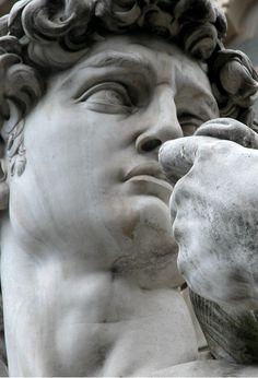David detail  //   Michelangelo
