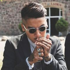 Looking for popular hairstyles for Asian men? Here we have gathered images of Asian Men Hairstyles that you may want to try any time soon! Classic Hairstyles, Hairstyles Haircuts, Haircuts For Men, Asian Hairstyles, Barber Haircuts, Japanese Hairstyles, Female Hairstyles, Black Hairstyles, Short Haircuts