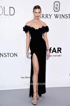 eb992eb139 Karlie Kloss Black Off-the-shoulder Prom Celebrity Dress Cannes amfAR Gala  2016