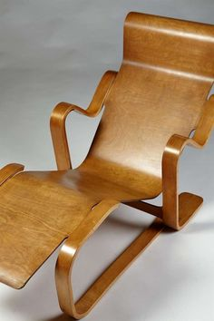 Long chair. Designed by Marcel Breuer for Isokon, England. 1936. image 7