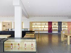 Verkaufsraum Staatsweingut Weinsberg - Mattes Riglewski Architekten #wine #architecture #germany