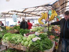På marknaden i Makarska