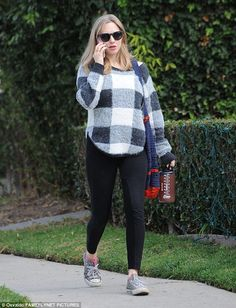 Baby on board: Amanda Seyfried looked like a cool mom-to-be while running errands in Santa...
