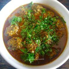 Su's Kitchen by Sumitra : Methiwale Keema Kofta Curry - Fenugreek Mutton Mince Ball Curry