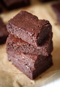 Keto Brownie Recipe With Cream Cheese.Best Keto Brownie Bombs Recipe How To Make Keto Brownie . Suuuper Fudgy Paleo Keto Brownies Net Carbs A Pop! Ketogenic Brownies Flourless And Fudgy Primal Edge Health. Desserts Keto, Keto Friendly Desserts, Dessert Recipes, Baking Recipes, Soup Recipes, Cream Cheese Recipes, Cream Cheeses, Low Carb Keto, Gastronomia