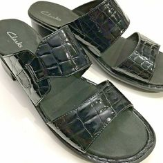 8819b0345 Clarks Sandals 9 Black Leather Croc Embossed Slip One Wide Straps  Clarks   mules