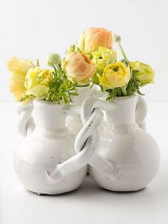 #Anthropologie Interlocking Trio Vase - Add a spring touch to your mom's table with this three-in-one vase. Bonus points if you fill it with her favorite flowers. #mothersdaygifts