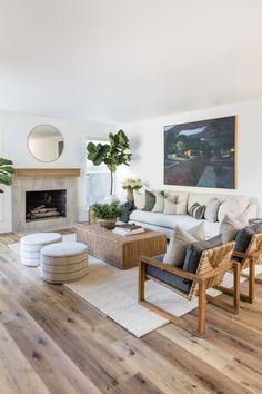 Living Room Interior, Home Living Room, Living Room Designs, Living Room Decor, Casual Living Rooms, Living Spaces, Living Room Inspiration, Home Decor Inspiration, Family Room Design