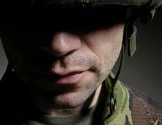 What are the requirements to become an Army mental health professional?