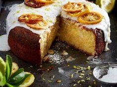 Dié maklike resep is altyd 'n sukses. Die koek rys hoog, het 'n wonderlike tekstuur en is heerlik net so, selfs net met 'n bietjie versiersuiker oorgesif. Cupcake Recipes, Baking Recipes, Cupcake Cakes, Dessert Recipes, Cupcakes, Baking Ideas, Cake Cookies, Sweet Desserts, Sweet Recipes