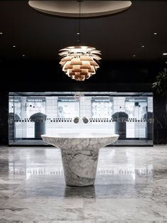The design studio Space Copenhagen is working to breathe life back into Jacobsen's vision for the world's first designer hotel. Copenhagen Hotel, Space Copenhagen, Royal Copenhagen, Copenhagen Design, Copenhagen Denmark, Arne Jacobsen, Plywood Furniture, Lobby Interior, Interior Architecture