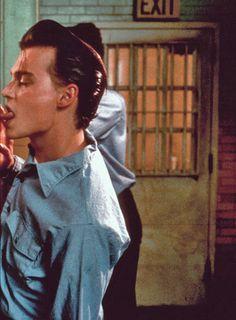 pin by:maia 🦋 Johnny Depp Cry Baby, Young Johnny Depp, Brad Pitt, Junger Johnny Depp, Jonh Deep, Johnny Depp Joven, Johnny Depp Leonardo Dicaprio, Donia, Celebs