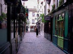 Passage Molière Paris 75003                                                                                                                                                                                 Plus