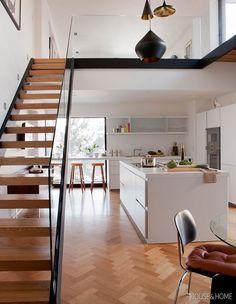 Industriel escalier en chêne - I love steel and wood together. Design Loft, Deco Design, Küchen Design, Modern Design, Stair Design, Cosy Kitchen, Living Room Kitchen, Kitchen White, Open Kitchen