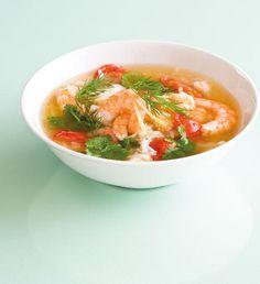 Thajská polévka z červené čočky a batátů   Recepty Albert Thai Red Curry, Soup, Ethnic Recipes, Soups, Chowder