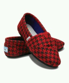 41eebed5ed3 Take a look at this TOMS Red Houndstooth Vegan Classics - Women on zulily  today!