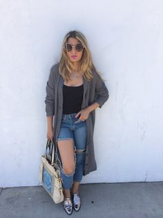 cut out fall Boyfriend Jeans, Mom Jeans, Cut Out Jeans, Fall, Pants, Outfits, Fashion, Cut Jeans, Autumn