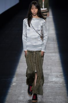 Thnx Alexander Wang Spring 2016, I can match this look e-z. Ready-to-Wear Fashion Show - Lexi Boling