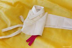 Korean Traditional Dress, Traditional Dresses, Modern Hanbok, Korean Dress, Cheongsam, Style Me, Blossoms, Flower, Flowers