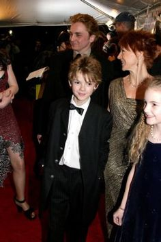 Thomas-Brodie Sangster at the Love Actually New York Premiere in Love Actually, Tommy Boy, Cute Actors, Thomas Brodie Sangster, Attractive People, Hollywood Actor, Dylan O'brien, Maze Runner, Celebs