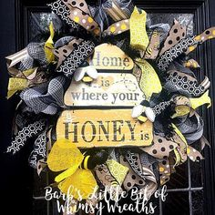 Your place to buy and sell all things handmade Easter Wreaths, Mesh Wreaths, I Love Bees, Bee On Flower, Summer Wreath, Spring Wreaths, Bee Crafts, Sunflower Wreaths, Spring Sign