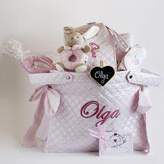 CANASTILLA PARA VIAJE O PASEO PERSONALIZADA. Cesta personalizada para bebé. Canastilla personalizada para recién nacido. Cesta para regalo de bebés.