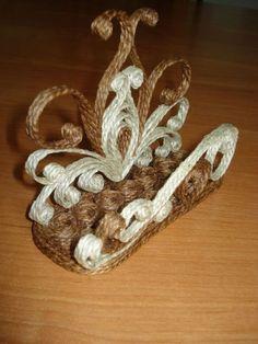Obiecte decorative spectaculoase realizate dintr-un banal accesoriu, si anume sfoara