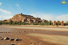 Today we visit the Kasbah Ait Ben Haddou, a beautiful village of clay and surrounded by big walls, declared Heritage of the Humanity, being one of the most beautiful places of the South of Morocco. Recommended visit!! www.alimatours.com #africa #marruecos #morocco #marocco #maroc #marrakech #ouarzazate #aitbenhaddou #heritage #patrimoniodelahumanidad #ouarzazate #viajeros #mochileros #viajar #traveler #voyage