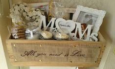 Luxury wedding hamper www.chic-dreams.co.uk