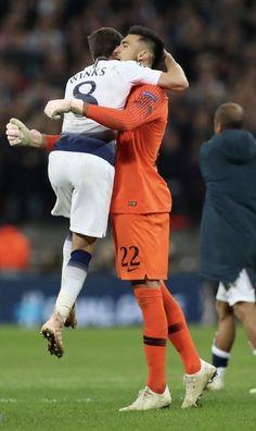 Best Clubs In London, Chelsea Football Team, Tottenham Football, Tottenham Hotspur Players, Harry Kane, Pure Beauty, Football Players, Religion, Soccer
